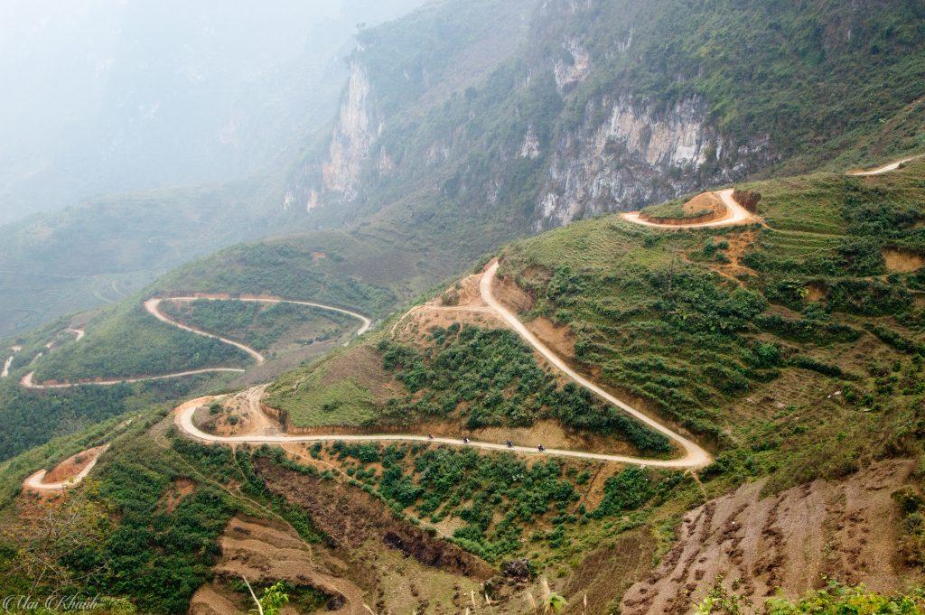 Con đường xuống sông Nho Quế