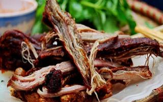 Thịt trâu treo gác bếp
